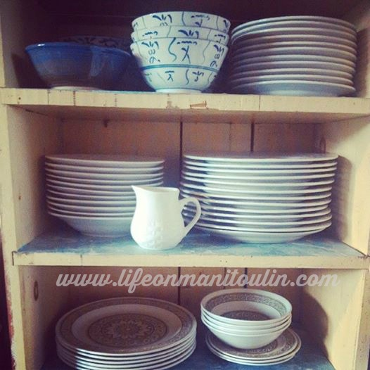 rustic kitchen dishes