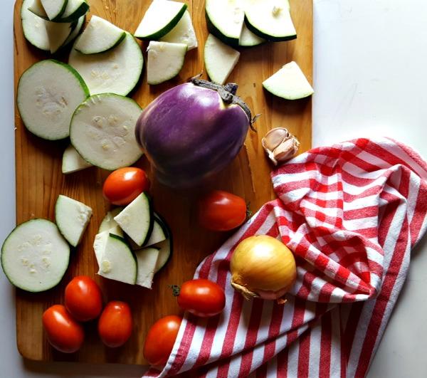 layered-eggplant-zucchini-tomato-gratin